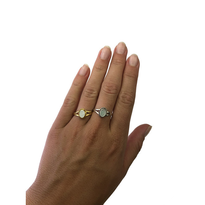 Silver Mother of Pearl   zilveren ring