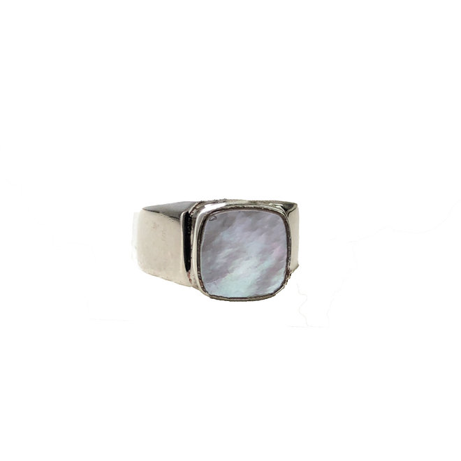 Mother Of Pearl Signet ring silver  | zilveren ring