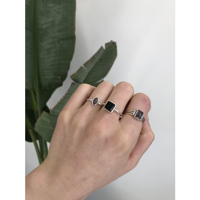Silver Black Rutile Diamond | zilveren ring