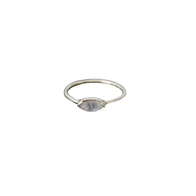 Moonstone Marquise ring silver