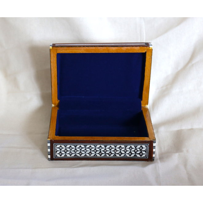 Mother Of Pearl Jewelry box - 16x10x6cm