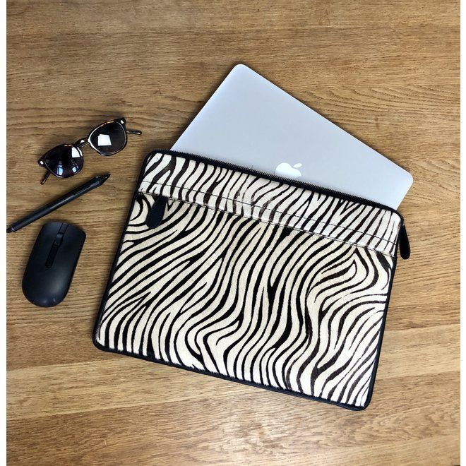 Laptop Sleeve Black Leather - 13 to 16 inch