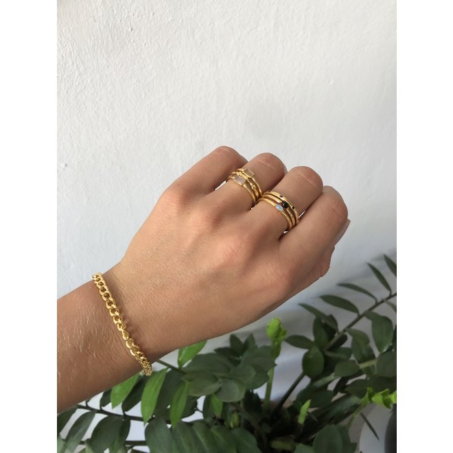 Chunky Curb Chain bracelet gold