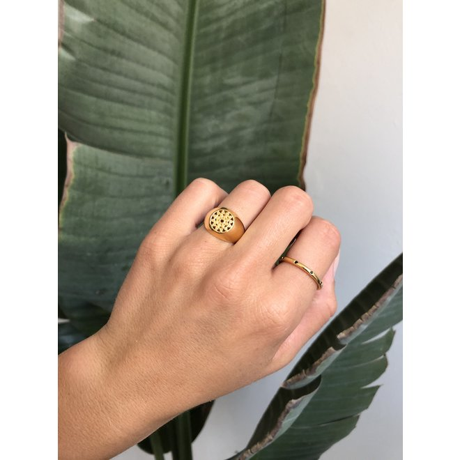 Universe ring gold