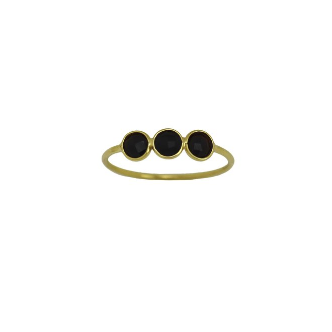 Black Onyx Rounds ring gold