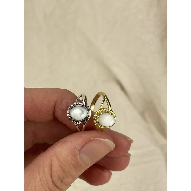 Gold Mother of Pearl   gouden ring