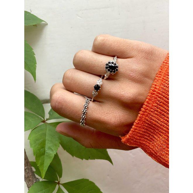 Vintage Onyx Flower ring silver