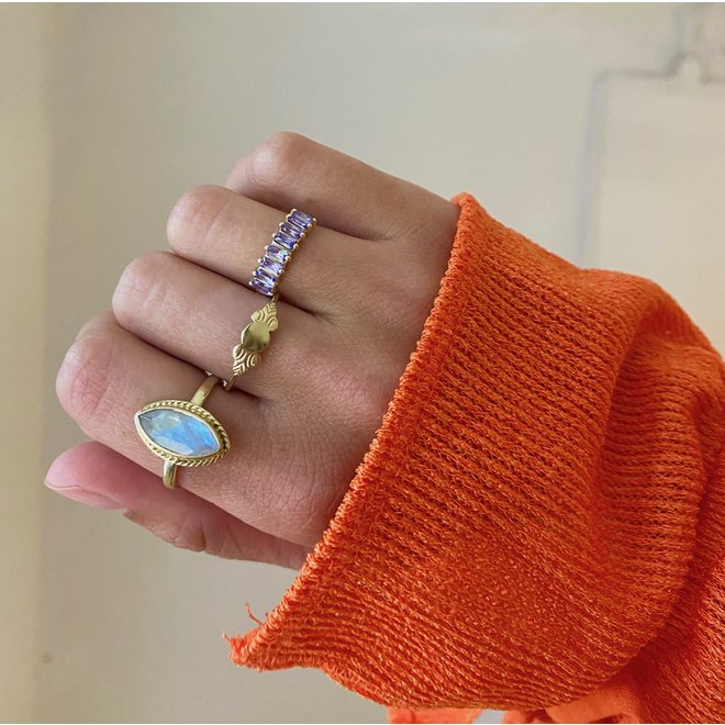 Moonstone Milly Marquise ring gold