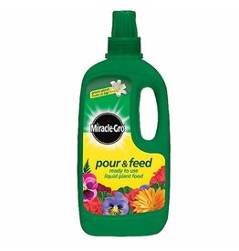 Miracle-Gro MIRACLE-GRO POUR & FEED 1 LITRE