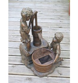 Smart Garden SMART GARDEN BOY GIRL WATER PUMP FOUNTAIN