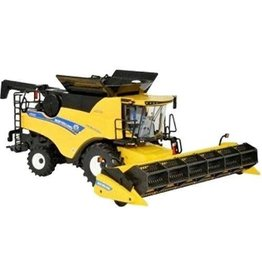 Britains BRITAINS NEW HOLLAND COMBINE HARVESTER CR9.90