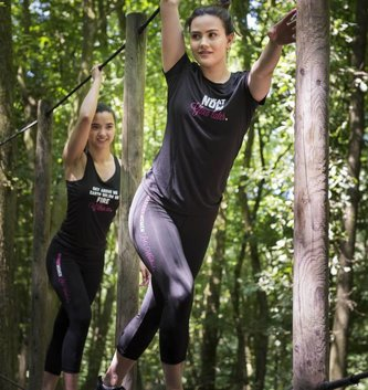 WARRIOR WOMEN T-shirt: Sweat now, Glow later (zwart)