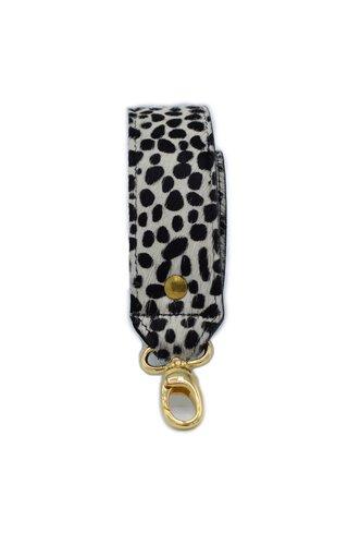 Number Five Short Bagstrap Cheeta White