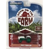 Greenlight Ford 8N tractor groen - 1947 (1:64)