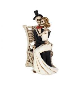 Skelett Brautpaar sitzend