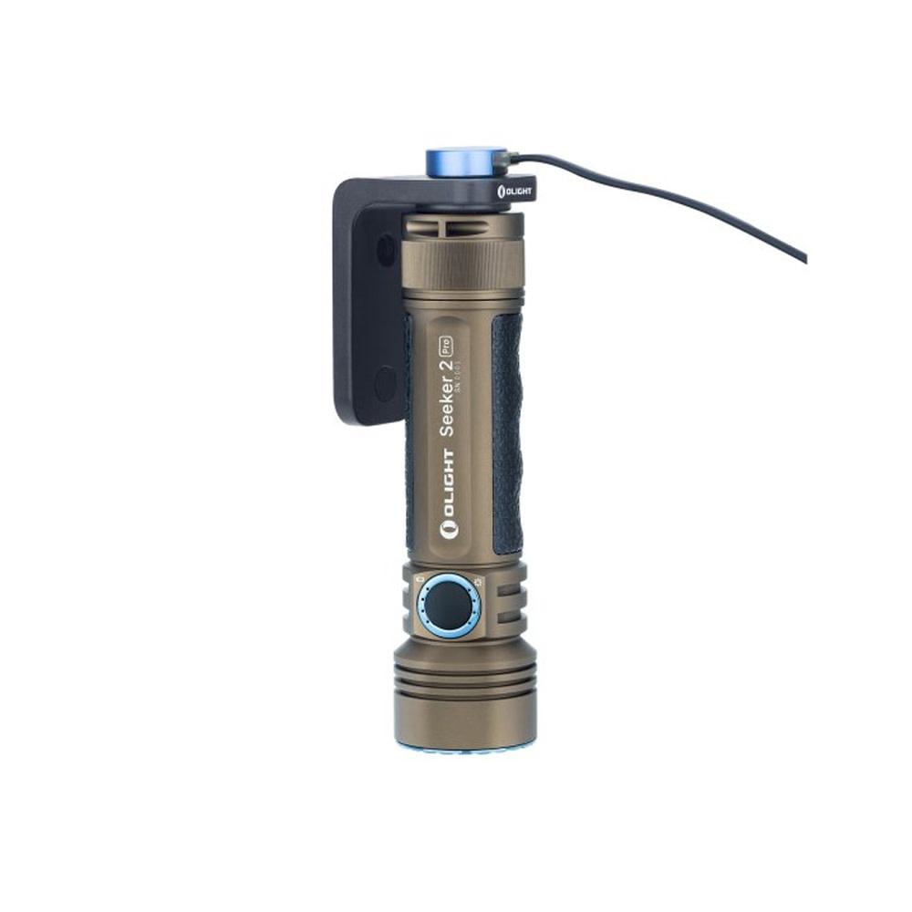 Olight Seeker 2 Pro Tan + L-Dock Limited Edition-1