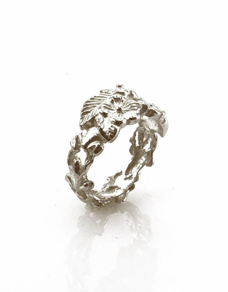 Ring kikkers & bloemen - zilver