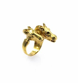 Rebels & Icons Ring 2 horses
