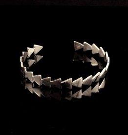 Slave bracelet arrows