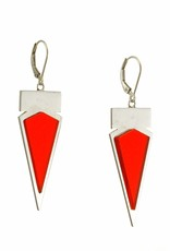 Leverbacks triangle & bar