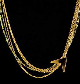 Short necklace boomerang