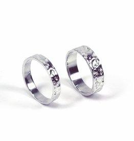 Rebels & Icons Wedding ring 'avocado'