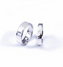 Wedding ring 'fingerprint'