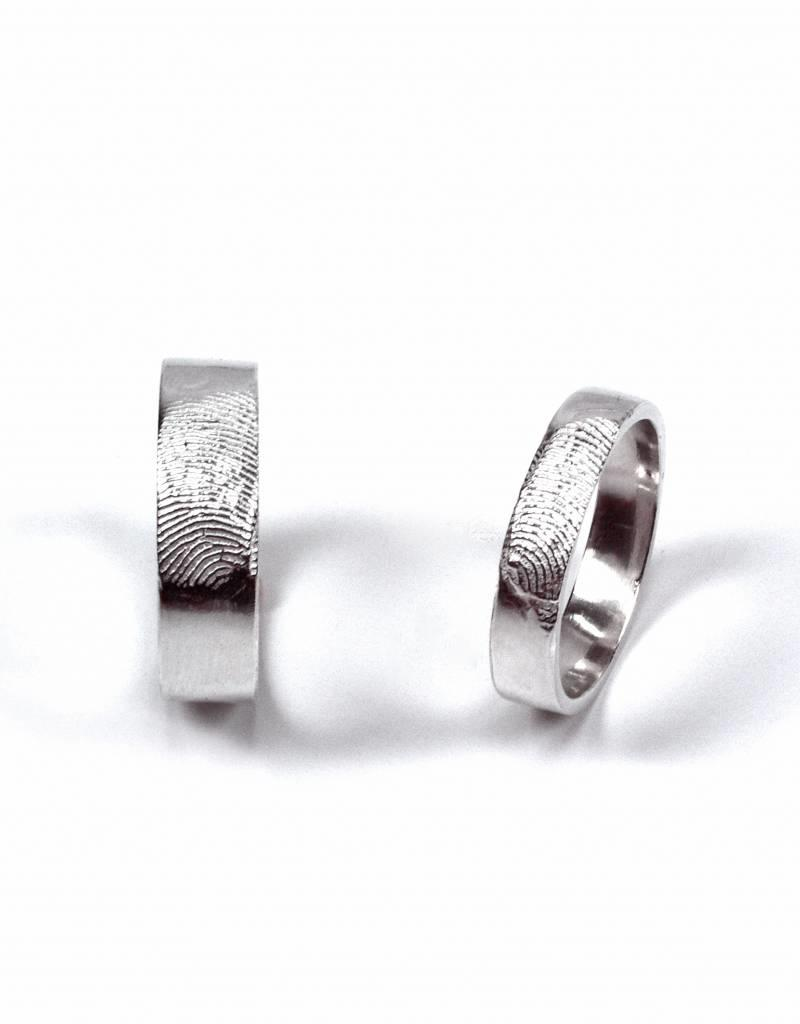 Wedding ring 'fingerprint'