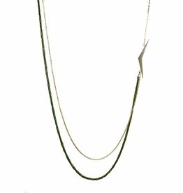 Long necklace boomerang