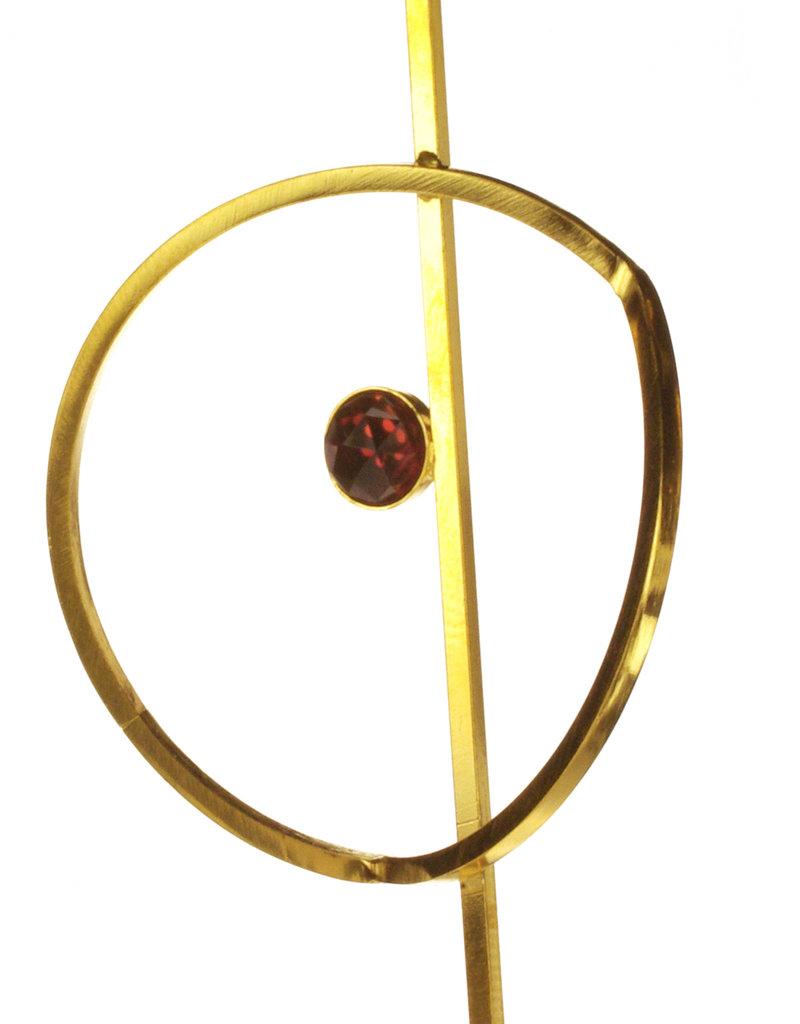 Rebels & Icons Oorbellen geplooide cirkel en steen