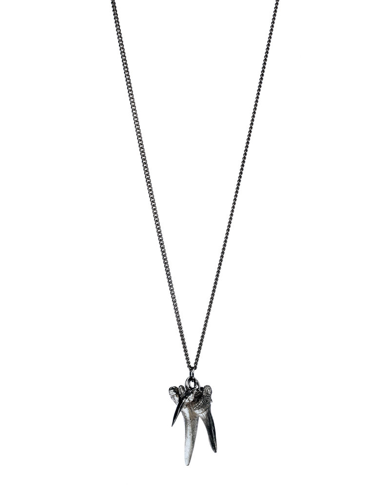 Heroes Necklace Jaws