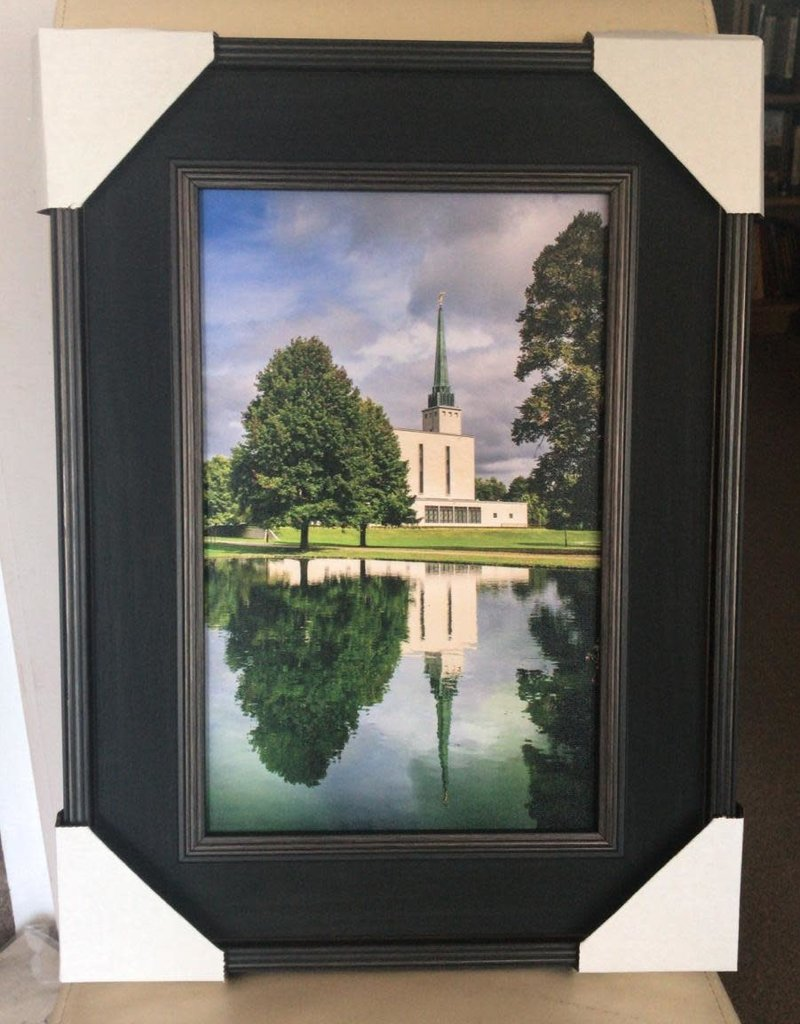 Altus fine art London Temple Reflection 10x16 Framed RRP £99.99
