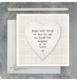 2501D Porcelain heart card-People walk through