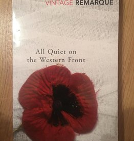 vintage classics ***PRELOVED/SECOND HAND*** All quiet on the western front, Remarque