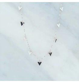 Zag Bijoux Zag Bijoux Necklace Triangles Zilverkleurig