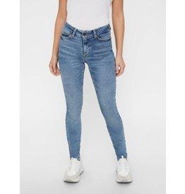 Noisy May Noisy May NM Lucy NR Skinny Jeans Medium Blue Denim