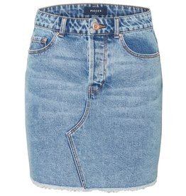 Pieces Pieces PC Caya Raw Edge Denim Skirt