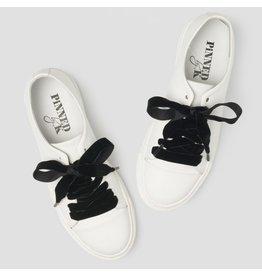 Pinned by K Shoe Laces Velvet Black