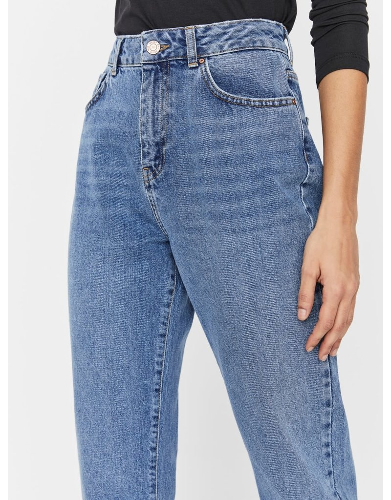 Noisy May Noisy May NM Isabal High Waist Ankle Mom jeans Medium Blue Denim