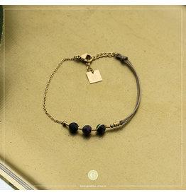 Zag Bijoux Zag Bijoux Bracelet 3 Green Beads Goudkleurig