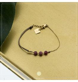 Zag Bijoux Zag Bijoux Bracelet 3 Fuchsia Beads Goudkleurig