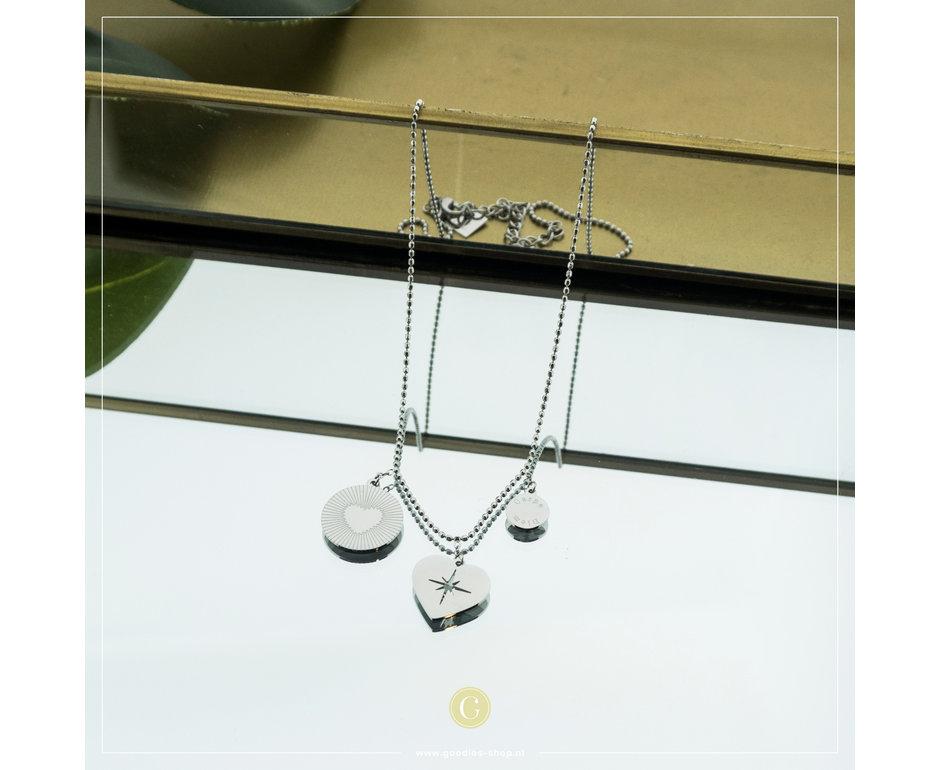 Zag Bijoux Zag Bijoux Necklace 3 Hearts Zilverkleurig