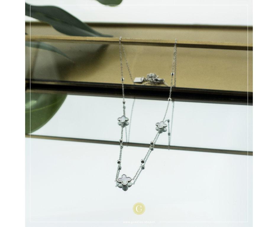 Zag Bijoux Zag bijoux Necklace Pearl Clover Zilverkleurig