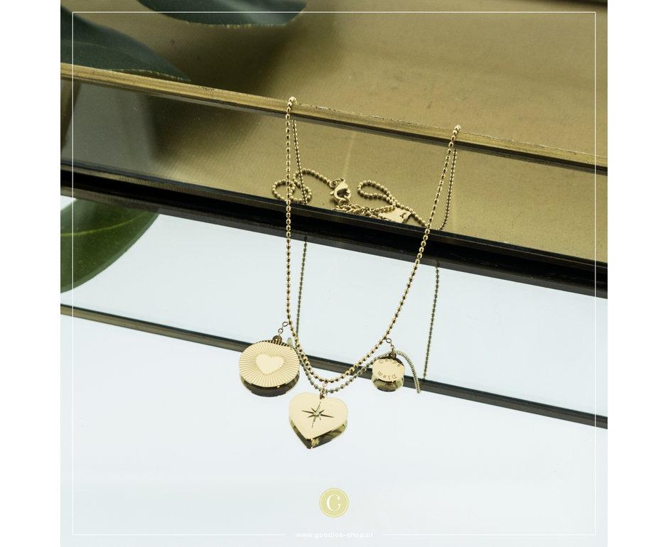 Zag Bijoux Zag Bijoux Necklace 3 Hearts Goudkleurig