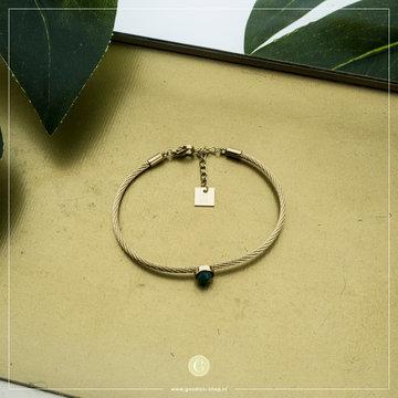 Zag Bijoux Zag Bijoux Goudkleurige Armband Groene Steen