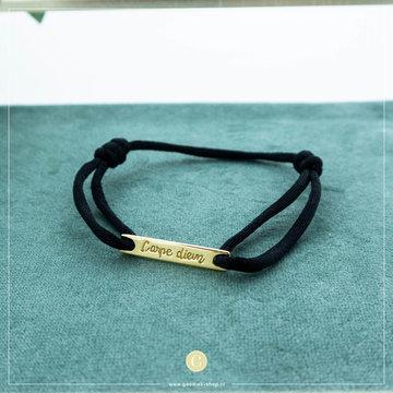 Imotionals Imotionals Silk Cord Armband Carpe Diem Goudkleurig