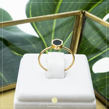 Charmin*s Charmins Ring R711 Goudkleurig Met Zwart Steentje