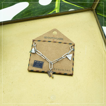 Go Dutch Label Go Dutch Label Zilverkleurige Armband  Triangles Coral