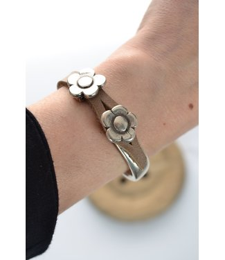 DEERO  Armband Flower Sand