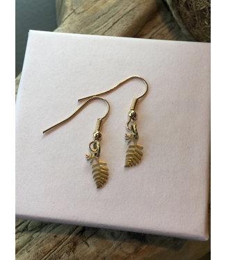 ALL THINGS WE LIKE Leaf Golden Earrings | ALL THINGS WE LIKE